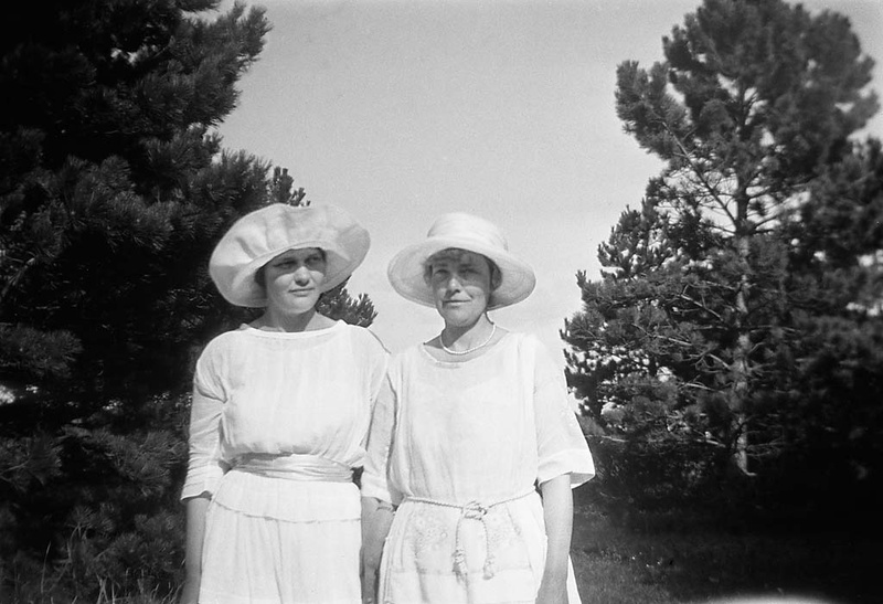 Berit Wallenberg and her mother in Falsterbo, Skåne